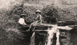 blog nicholls violet donkin & friend Kabete  waterfall